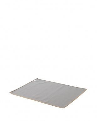 ベージュ シェニールフラワーラグ 100×140cm見る