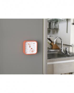 オレンジ  温湿度計 TT-557見る