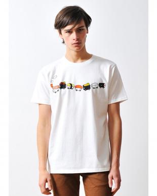 ホワイト Tシャツ スシ トレイン見る