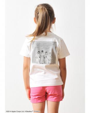 ホワイト キッズTシャツ ザ ビートルズ サージェント ペパーズ ロンリー ハーツ クラブ バンド見る