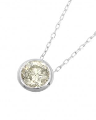 K18WG  天然ダイヤモンド 0.3ct フクリン 一粒ペンダント見る