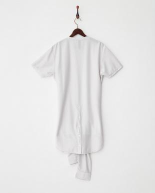グレー デザインクルーネックTシャツ見る