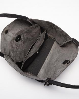 ブラック クラッチ付きトートバッグ見る