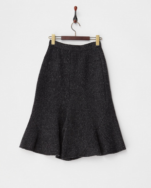 BLACK  WOOL BOUCLE FLARED SHORTS見る