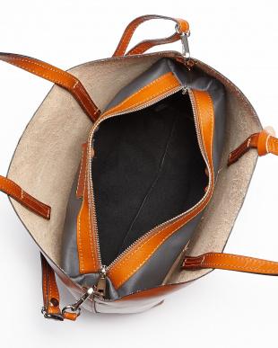 キャメル  ポーチ付きシンプルトートバッグ見る