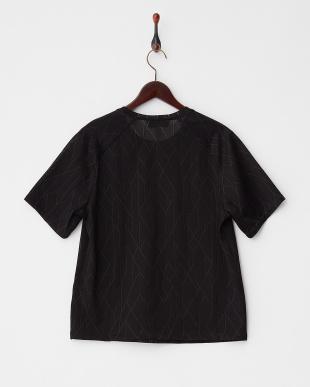 ブラック 柄織りメッシュTシャツ見る