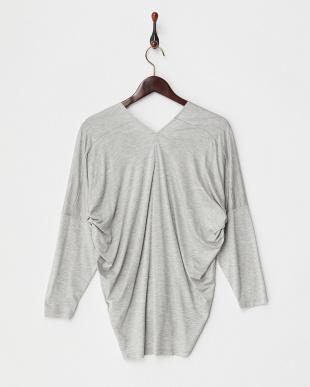 gray  ウォッシャブルヴィスコース VネックTシャツ見る