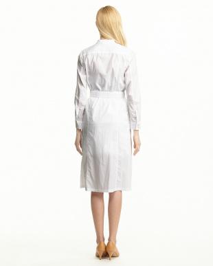 ホワイト Wオイルロングシャツ見る