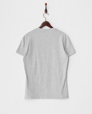 グレー  VネックTシャツ見る
