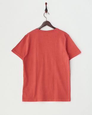 RED  ピグメント加工VネックポケットTシャツ見る