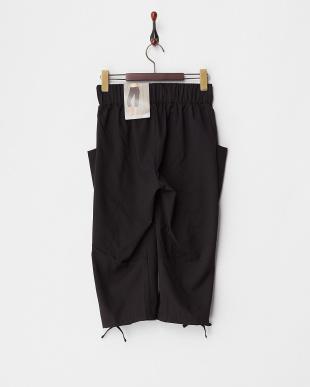 BLACK 切り替え裾リボンウーブン3/4パンツ見る