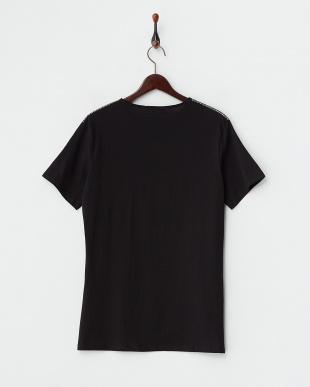 ブラック  柄切り替えTシャツ見る