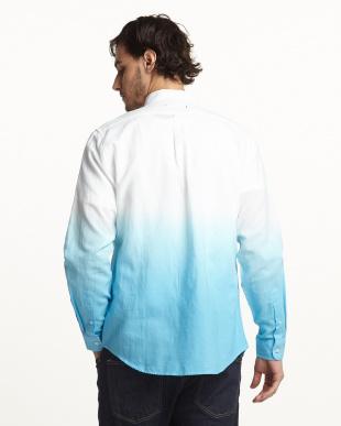 ホワイト×ブルー グラデーションシャツ見る