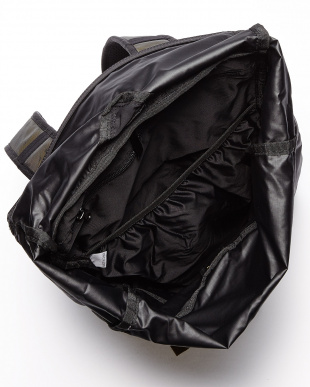 ブラック  トパーズ18 ロールトップ デイパック見る