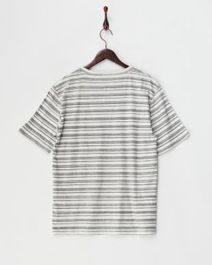 グレー×ホワイト  ランダムボーダーTシャツ見る