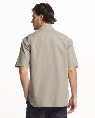 GY  ハーフジップ半袖シャツ見る