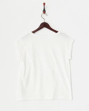 ホワイト helsinki Tシャツ見る