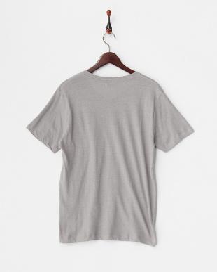 Gray 綿麻VネックポケットTシャツ見る