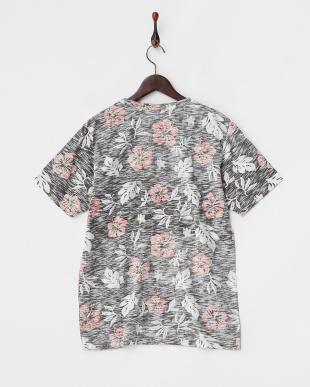 チャコール  花柄ポケットTシャツ見る