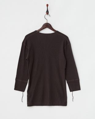 ブラック  ワッフルVネック7分袖Tシャツ見る