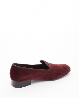 BORDEAUX  EXCLUSIVE C/Velvet Pumps ロゴ刺しゅう見る