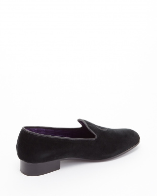 BLACK  EXCLUSIVE C/Velvet Pumps ロゴ刺しゅう見る