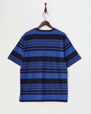 NAVY  T17.RNDM BDR PKT Tシャツ見る