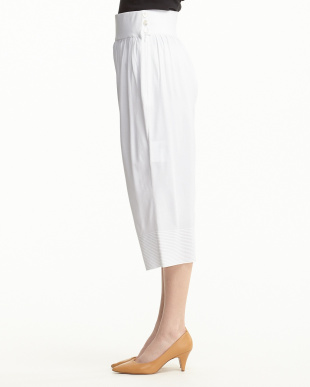 WHITE  KNIT TUCKED PANTS見る
