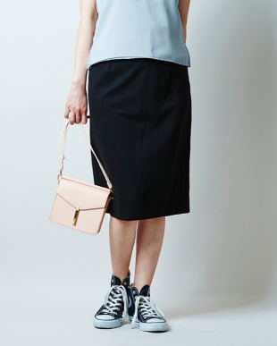 ブラック  ポンチタイトスカート見る