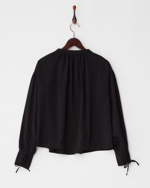 BLACK  袖編み上げ ボリュームブラウス見る