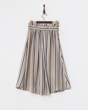 ベージュ  タックプリーツスカート見る