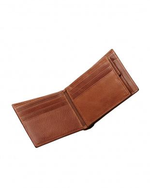 ブラウン  牛革カードポケット付き二つ折り財布見る