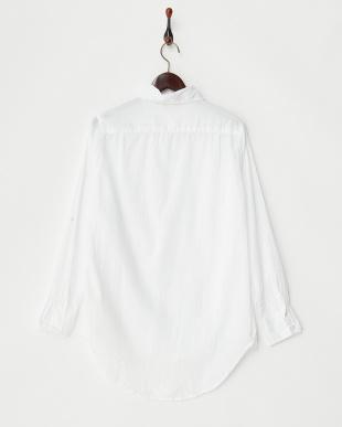 ホワイト ボタンフライシャツ見る