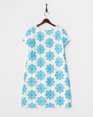 ブルー 花柄刺繍ワンピース見る