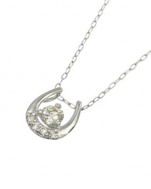 Pt 天然ダイヤモンド 0.2ct 馬蹄プラチナ ネックレス見る