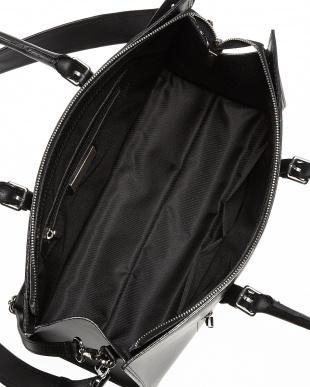 ブラック  スクエア型シンプルトートバッグ見る