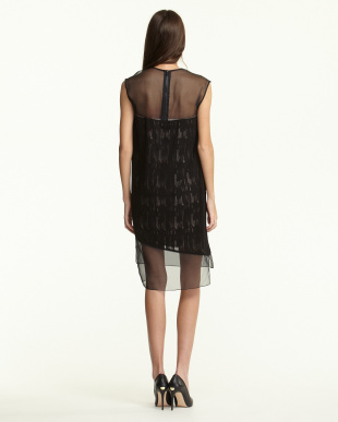 black THREAD STITCH ドレス見る