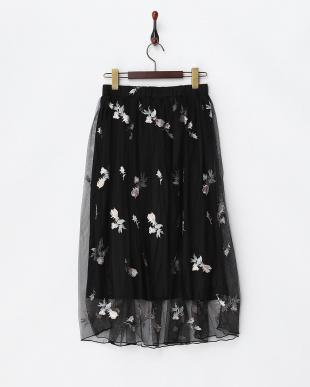 ブラック  刺繍チュールスカート見る