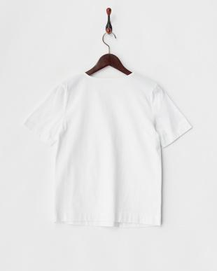 ホワイト  キーネックTシャツ見る