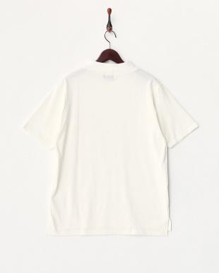 ホワイト モックネックTシャツ見る