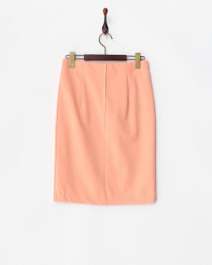 オレンジ カットソーペンシルスカート見る