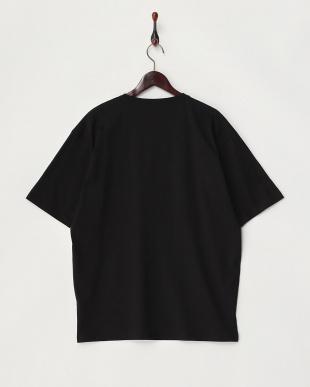 クロ  ルーズTシャツ見る