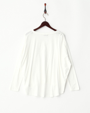 WHITE  V-NECK POCKET TEE見る