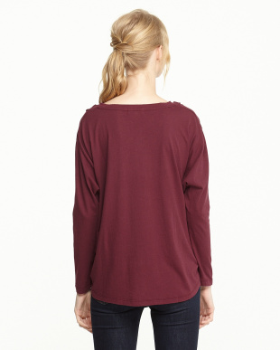 BURGUNDY  V-NECK POCKET TEE見る