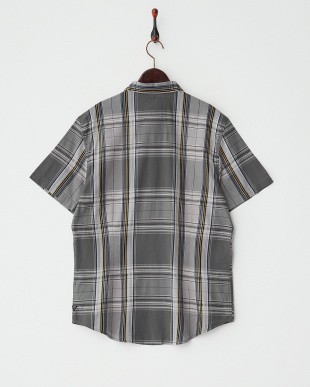 グレー系  半袖チェックシャツ見る