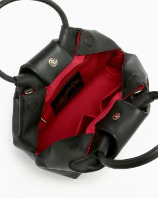 BLACK  バルーン型牛革2WAYハンドバッグ見る