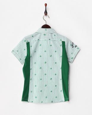グリーン  ワッペン付き ストライプ柄シャツ見る