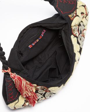 BLACK  Body Bag・コットンキャンバス/刺繍見る