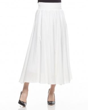 WHITE  フリル付ロングスカート見る
