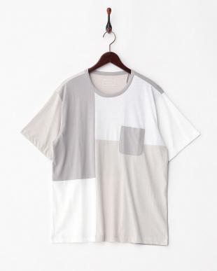 ホワイト  パッチワークTシャツ見る